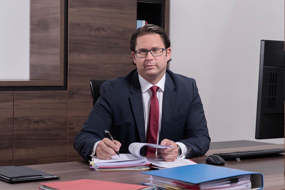 Dr. Stefan Weishaupt